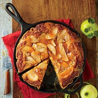 caramel apple blondie pie